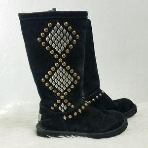 UGG//Studded Avondale boots